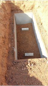 Grave lining